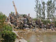 亚龙湾东湖人工湖源头