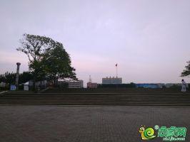 新世纪广场