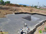 鼎业花园2#楼,正在做防水工程