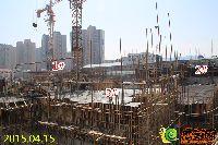新乡林溪湾1#、2#、5#楼正进行地上一层墙柱钢筋建设