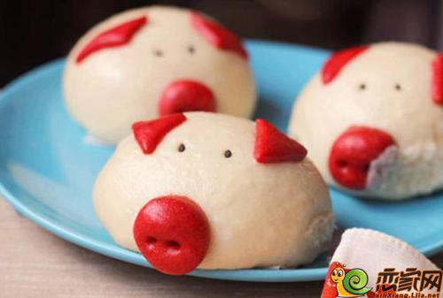 手工制作的小猪豆沙包营养又可爱,内外兼修呆萌可爱的花样小猪,一定会