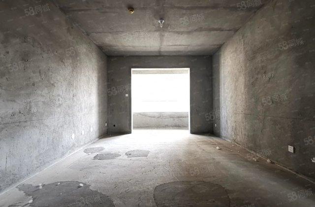东郡府苑 3室2厅1卫2阳台毛坯 使用面积大楼层好