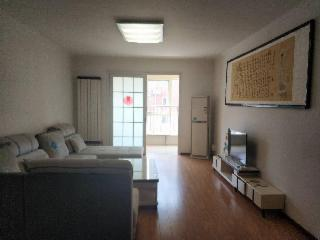 东郡府苑112万元130㎡3室2厅1卫1阳台精装南北