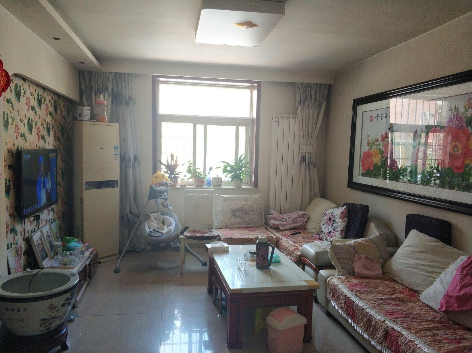 南环 隆盛华庭一楼 简装3室 南北通透 送小院和地下室